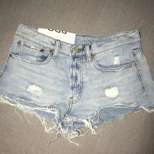 Low-wasted Ripped jean shorts